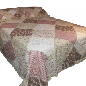 Wholesale Rose Cottage Garden Quilted Throw