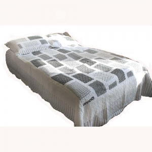 Wholesale Black And White Quilted Throw
